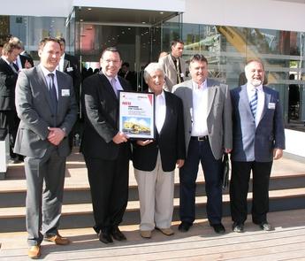 (From left) Dieter Walz, Liebherr-Werk Ehingen; Christoph Kleiner, Liebherr-Werk Ehingen; Heinz Senn, Senn; J. Senn, Senn; Andreas Gurtner, Liebherr-Baumaschinen